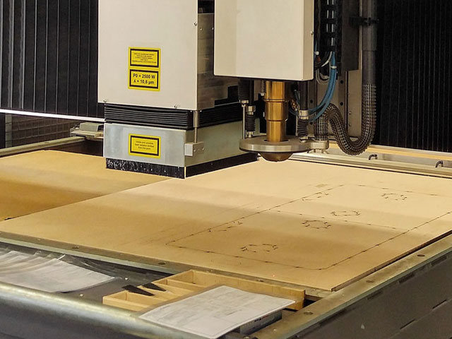 laser cutting flat die board